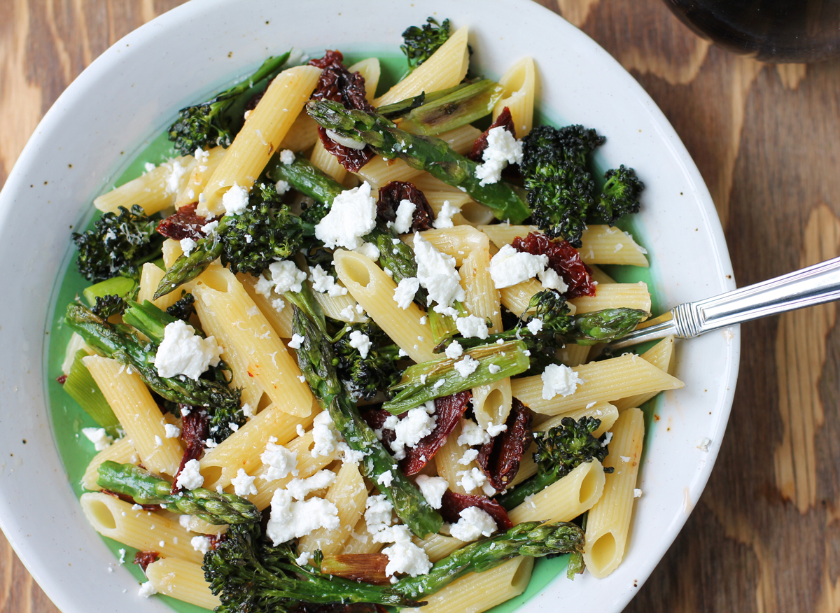 Roasted Asparagus and Tomato Penne Salad